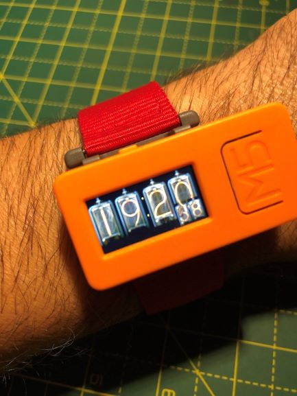 0_1560588967897_Nixie_Clock_M5StickC_mini.JPG